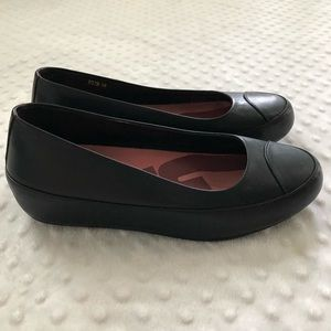 Fitflop 2 black leather ballet flats Suze 38